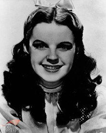 Judy Garland in The Wizard of Oz Poster and Photo