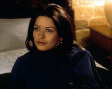Catherine Zeta Jones in Entrapment Poster and Photo