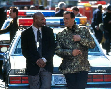 Steven Seagal & Keenan Ivory Wayans in The Glimmer Man Poster and Photo