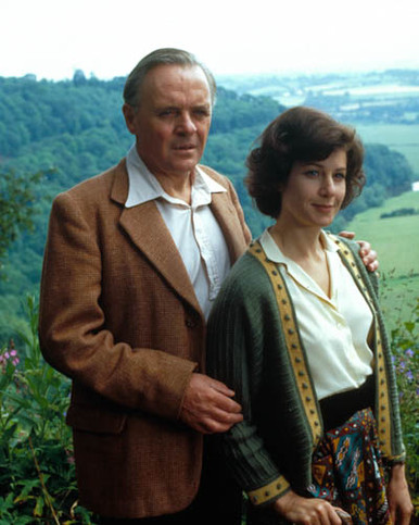 Anthony Hopkins & Debra Winger in Shadowlands Poster and Photo