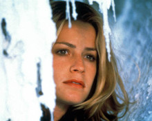 Elisabeth Shue in The Saint (1997) Poster and Photo