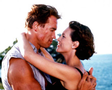 Arnold Schwarzenegger & Jamie Lee Curtis in True Lies Poster and Photo