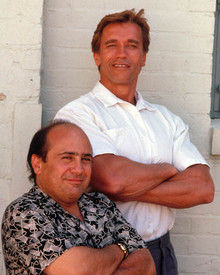 Arnold Schwarzenegger & Danny DeVito in Twins Poster and Photo