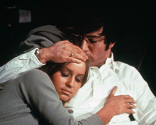 Dustin Hoffman & Susan George in Straw Dogs a.k.a. Les Chiends de Paille Poster and Photo
