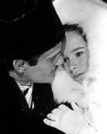 Omar Sharif & Geraldine Chaplin in Doctor Zhivago Poster and Photo