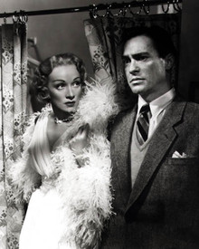 Marlene Dietrich & Richard Todd in Stage Fright a.k.a. Le grand alibi (Alfred Hitchcock) Poster and Photo