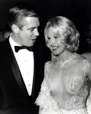 George Peppard & Carroll Baker in The Carpetbaggers Poster and Photo