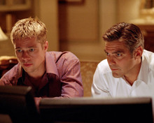 Brad Pitt & George Clooney in Ocean's Eleven a.k.a. O11 a.k.a. Ocean's 11 Poster and Photo
