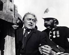 Jack Hawkins & Nigel Green in Zulu Poster and Photo