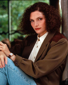 Mary Elizabeth Mastrantonio in White Sands Poster and Photo