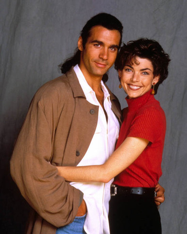 Adrian Paul & Lisa Howard in Highlander (1992-97) Poster and Photo