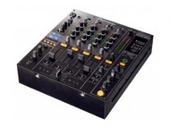 DJM800 Mixer top view