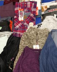 14pc Sweatshirt & Sweatpants MEDIUM#15312Y (i-5-1)