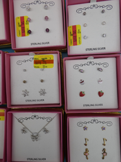 25 SETS! $2,300 in STERLING SILVER JEWELRY #15399A (o-3-4)