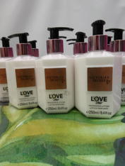 13pc VS LOVE STAR Lotion *Discontinued #16014F (e-2-5)