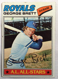 1977 Topps # 580 George Brett VG slight crease