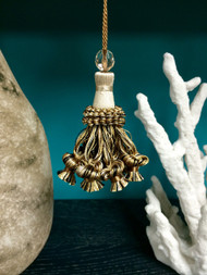 "4"" KEY TASSEL-11/3-47                       BEIGE & BLACK"