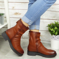 ARAMINTA Camel Ankle Back Zip Casual Boots