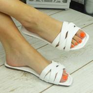 PENNEY White Flat Summer Flip Flop Slippers