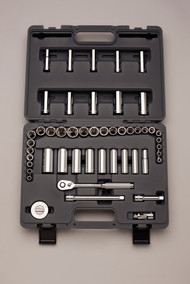 "Cougar Pro Series - 49 Pc 3/8 Dr Std & Deep Socket Set 6 Pt Full Polish, Oval Ratchet, quick release, 60th 6 Deg Arc, 3"" &  6"" ext , Universal Joint &  Ratchet Wheel A39"