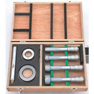 """Mitutoyo - 2 - 4"""" Holtest 8 PC Internal Micrometer Set w Tin coated Carb. Cont Pts. 368-919"""