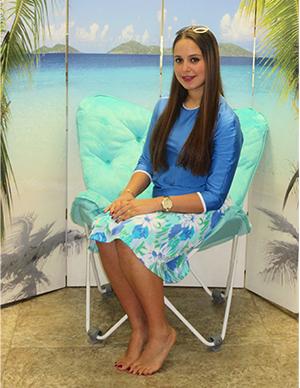 model-sitting-on-beach-chair-style-2622-sea-flowers.jpg-small.jpg