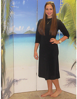 model-wearing-style-2600a-1-in-black-beauty.jpg-small.jpg