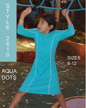 sarahwearingstyle2610aquadots-small1.jpg