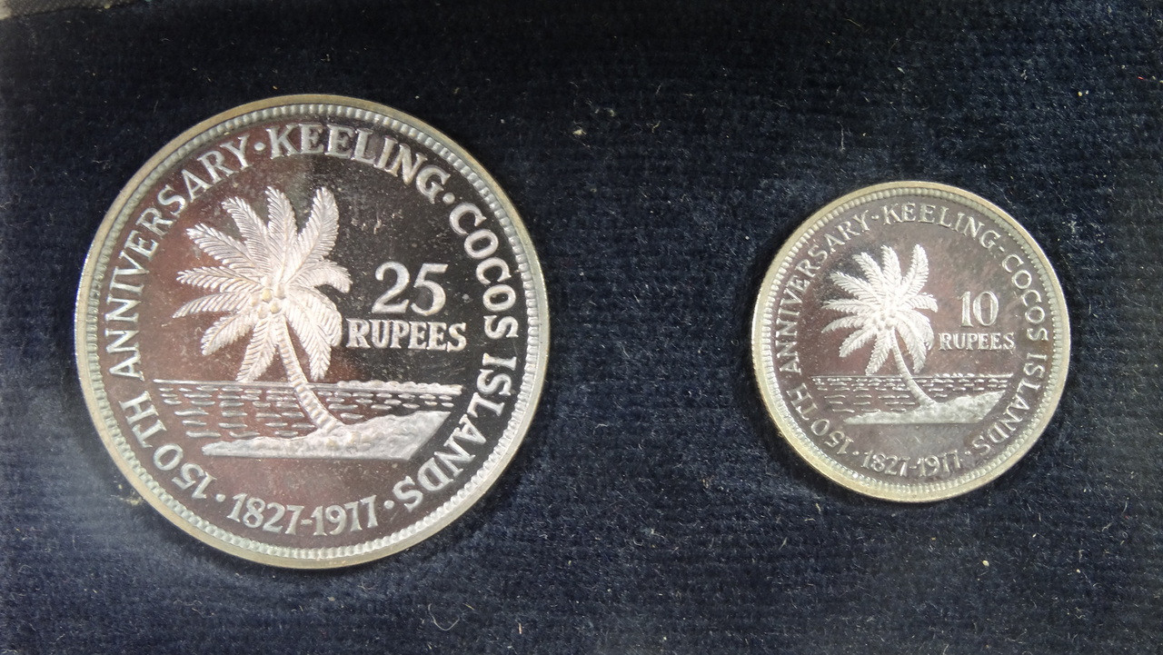 1977 Cocos Islands 10 & 25 Silver Rupees Coin Set Reverse