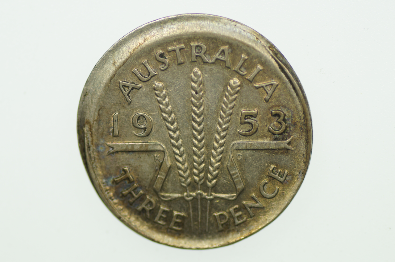 Australian 1953 Threepence Variety Error Mis-Strike Elizabeth II in Extremely Fine Condition