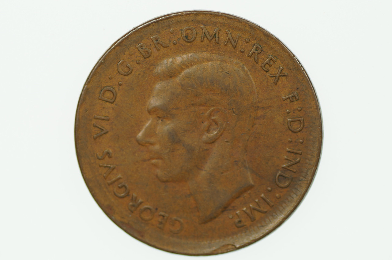 1944 Y. Penny Error Mis-Strike George VI in Very Fine Condition Obverse