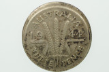 1944 S Threepence Error Mis-Strike George VI in Very Fine Condition Reverse