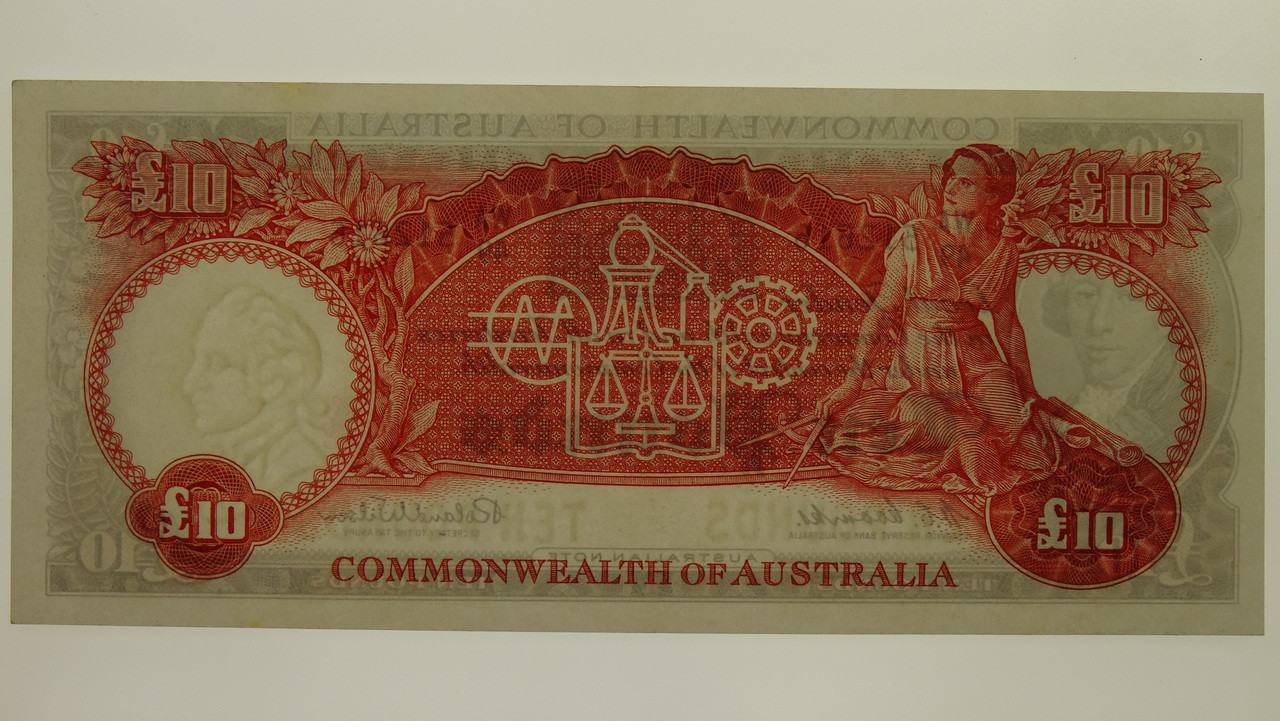 1960 Ten Pounds Coombs / Wilson Banknote in Unc Condition Obverse