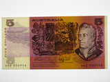 1990 Five Dollars Fraser / Higgins Banknote in Uncirculated Condition