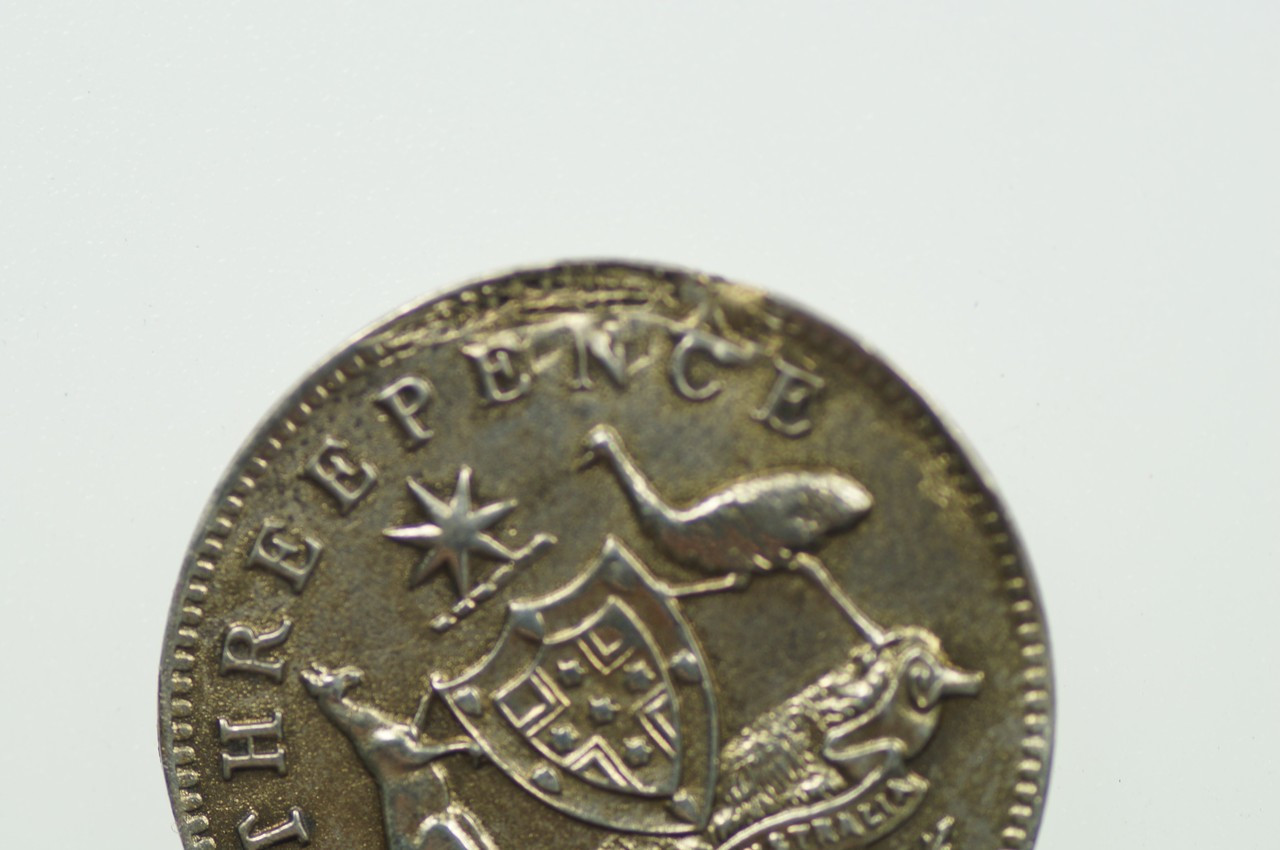 1912 Threepence Metal Peel Variety in Very Fine Condition Reverse Close Up