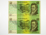 1976 Two Dollars Knight / Wheeler Consecutive Pair of Banknotes