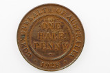 1928 Half Penny Variety Dot after Half George V in Very Fine Condition