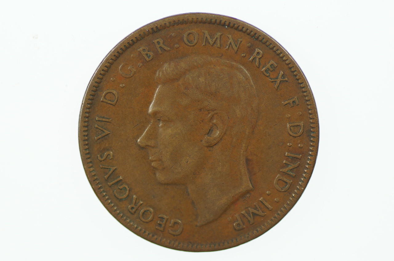1941 Y. Penny High Dot Rare in Very Fine Condition Obverse