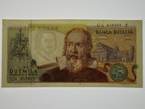 Italy 1983 2000 Lire Banknote in Uncirculated Condition
