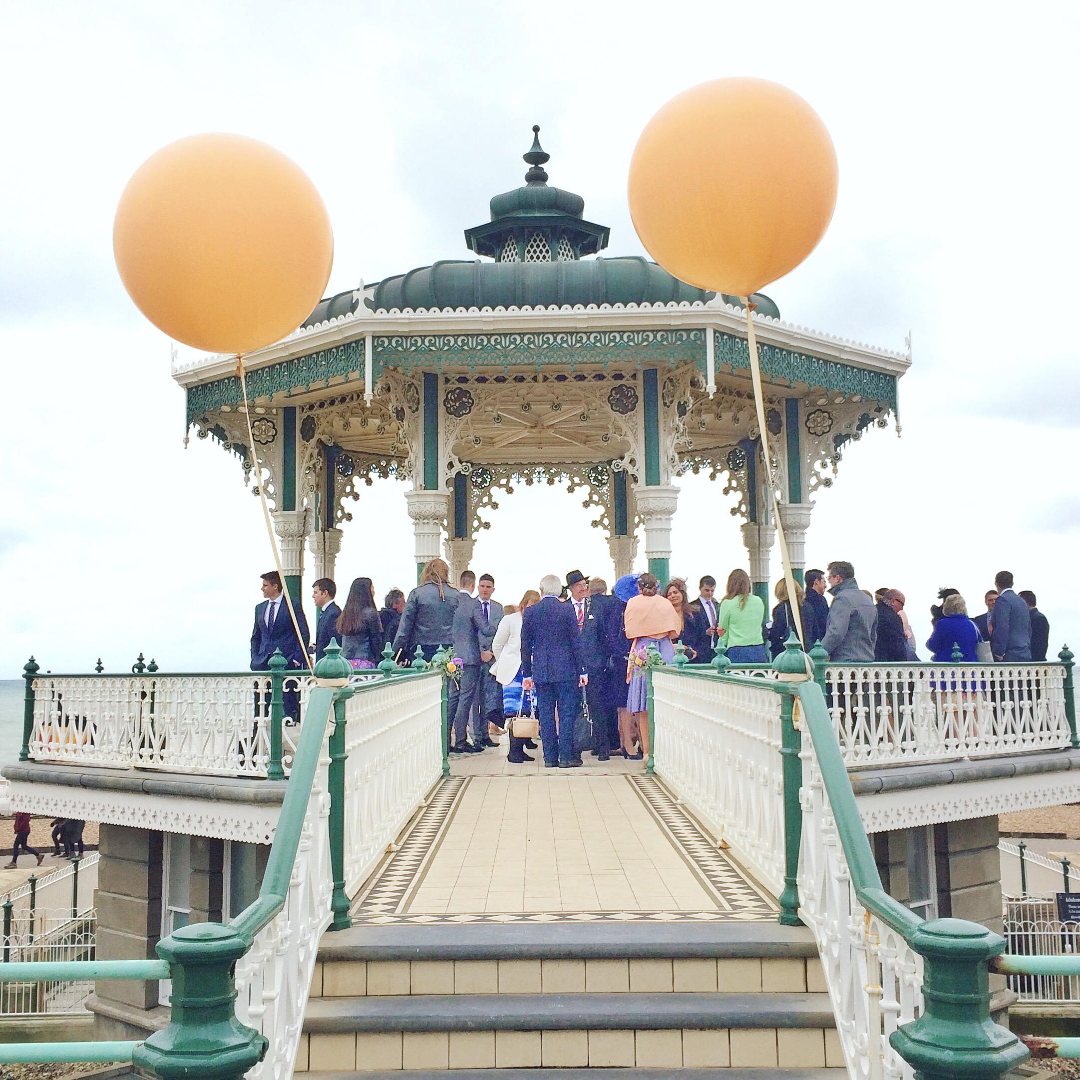 giant-balloons-for-brighton-bandstand-wedding.jpg