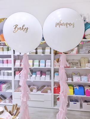 giant-personalised-baby-shower-balloons.jpg
