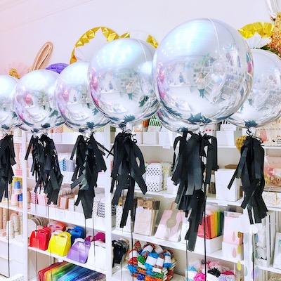 monochrome-gatsby-silver-orb-balloons.jpg