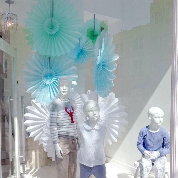 pastel-decorations-visual-merchandising-display.jpg