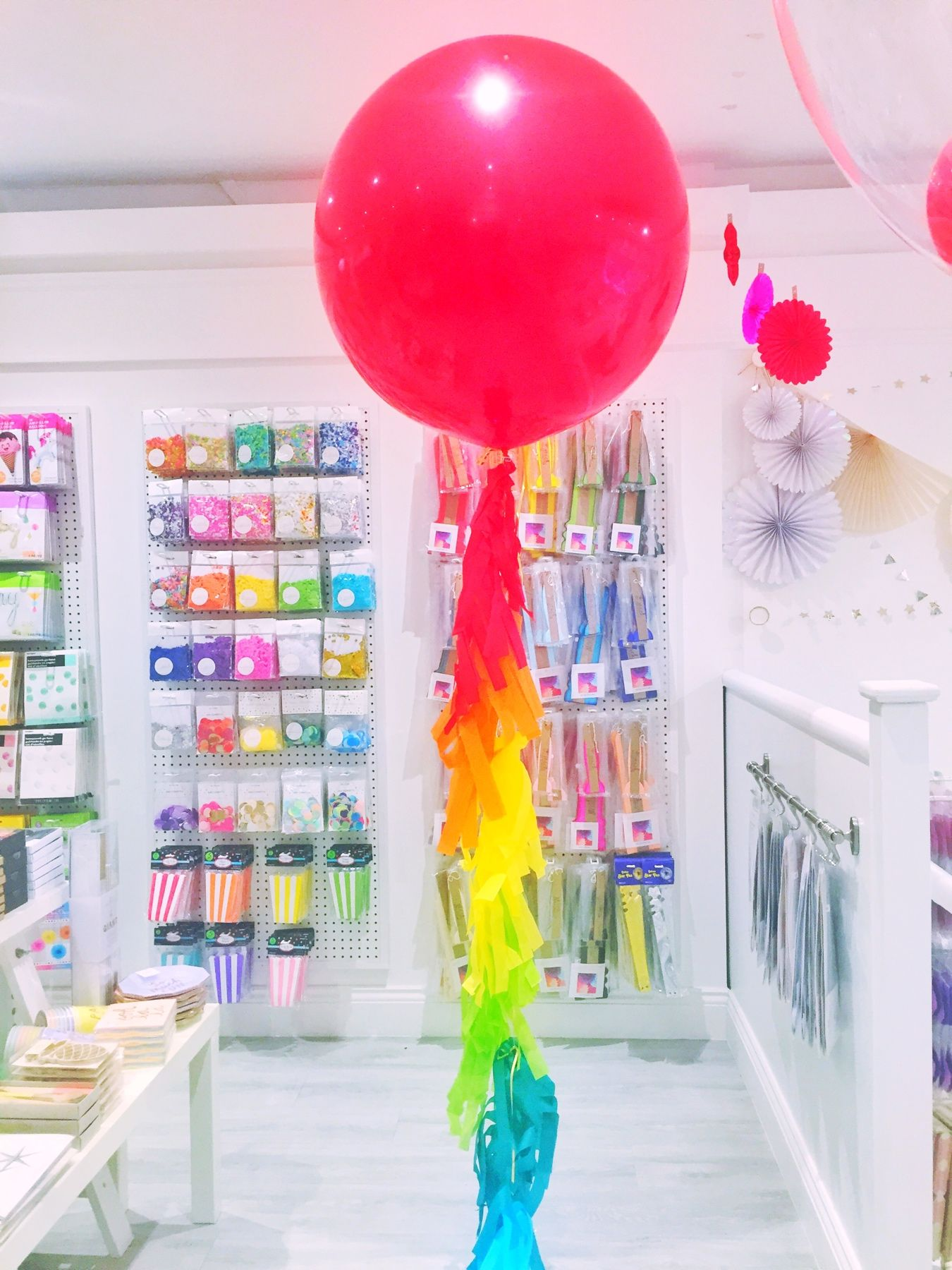 rainbow-giant-balloon.jpg
