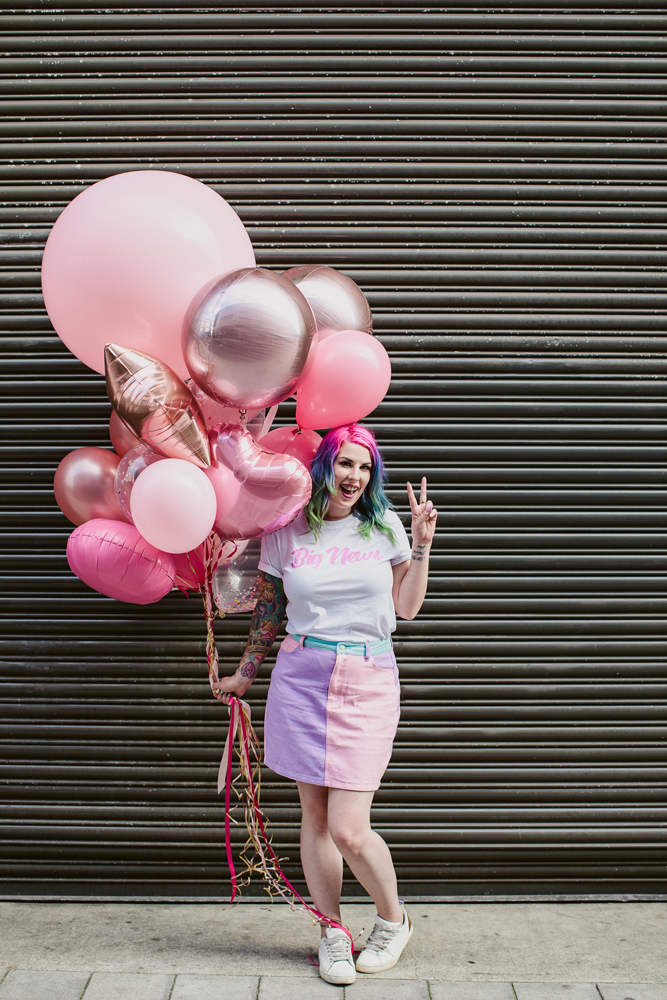 rock-n-roll-bride-big-bunch-of-pink-and-rose-gold-balloons.jpg