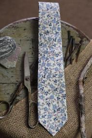 Cass Cream Necktie