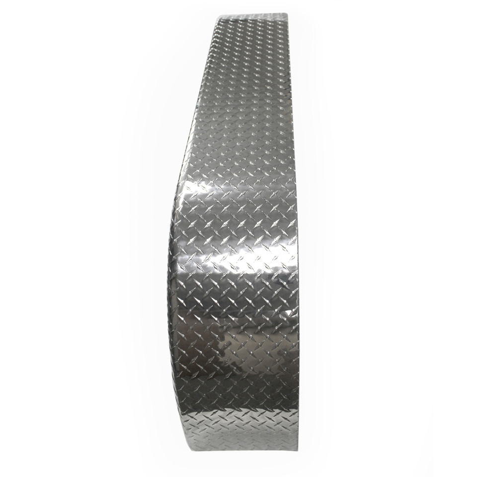 72x9 Tandem Axle Aluminum Tread Plate Trailer Fender top view
