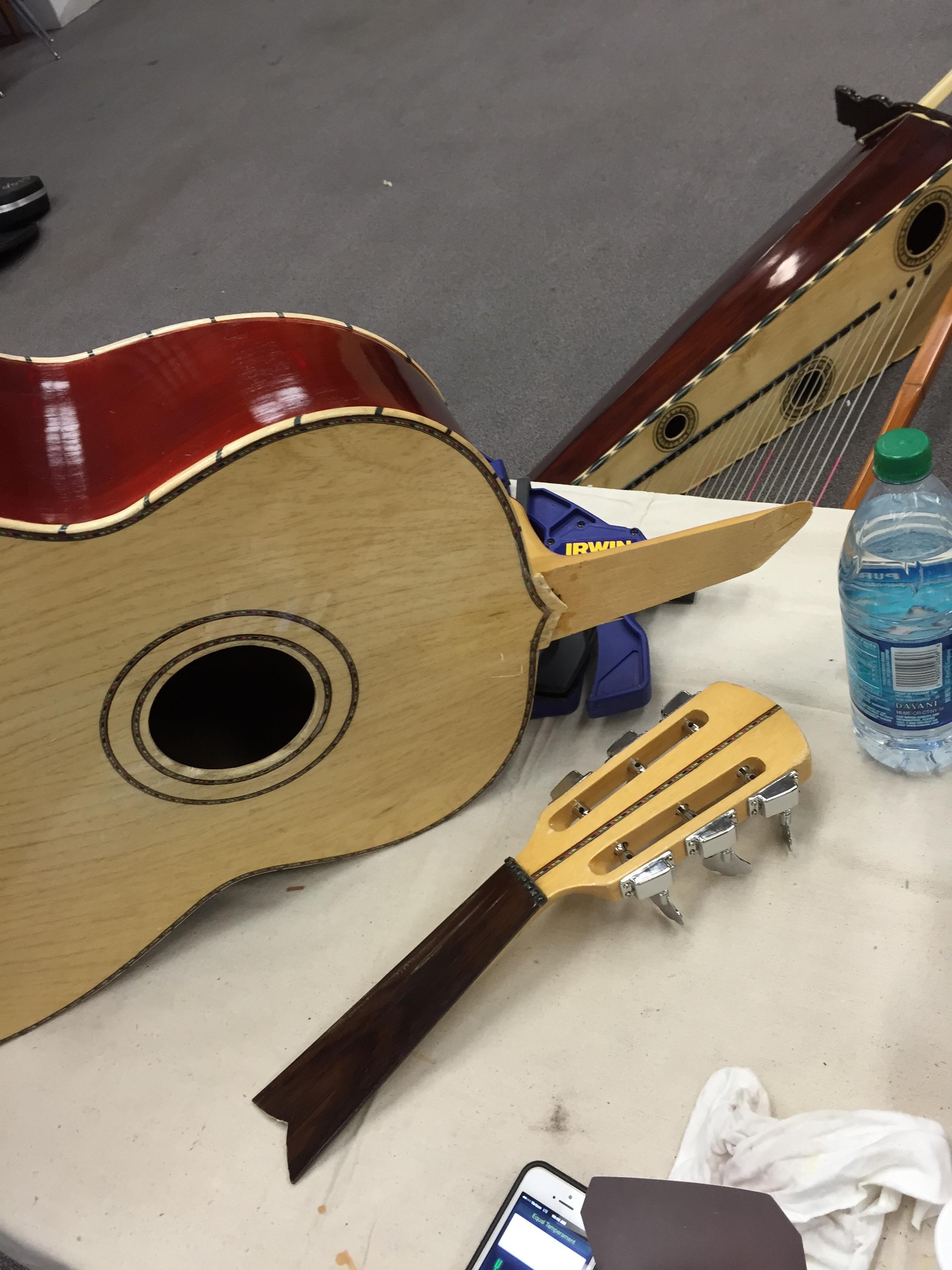 guitarron-a-before.jpg