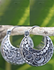 Handmade Bali Sterling Silver Bali Dot/Swirl Huggie Earring w Leaverback Latch