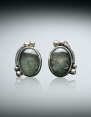 Amy Kahn  Russell Moss Agate Sterling Clip/Post Earrings